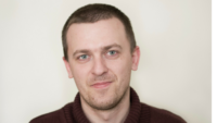Cześć. Nazywam się Bartek Krawczyk. Jestem autorem tego bloga.